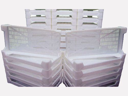 white curing and drying trays